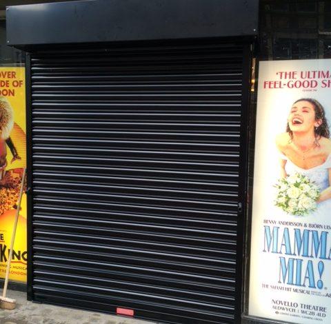 London Theatre, 1ph Shutter