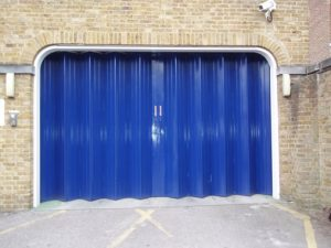 Mq Ltd, Folding Door